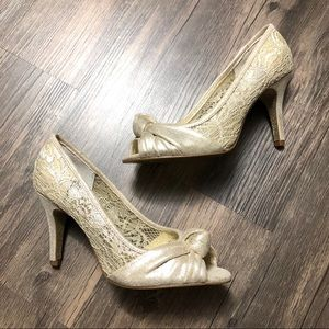 Adrianna papell gold peep toe lace heels